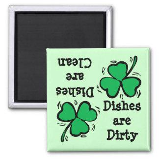 St Patrick Tagesklee sauberes schmutziges Diswashe Quadratischer Magnet