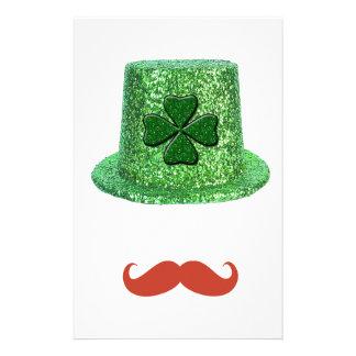 St Patrick Tagesschein-Hut u. Ingwer-Schnurrbart Briefpapier