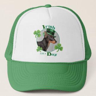 St Patrick Tagesspielzeug Manchester Terrier Truckerkappe