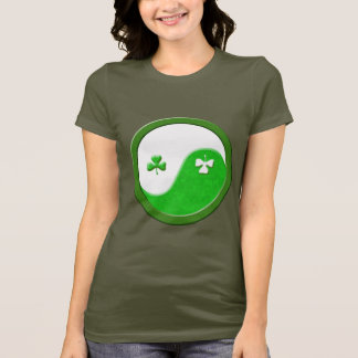 St Patrick trifft Taoismus T-Shirt