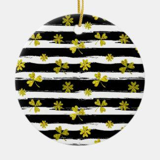 St. patricks Schwarz-weißer Klee Rundes Keramik Ornament