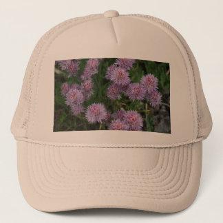 Stachelige lila Blumen Truckerkappe
