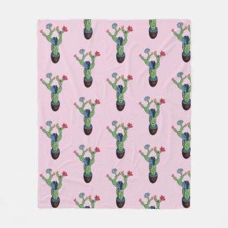 Stacheliger Kaktus mit Blumen Fleecedecke