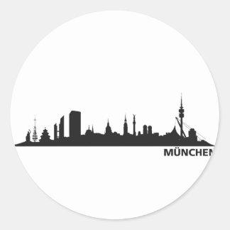 Stadt München - Skyline 1c Runder Aufkleber