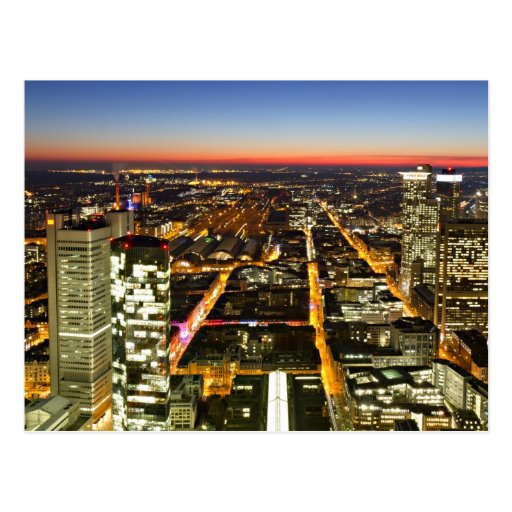 Stadtbild von Frankfurt während Dämmerung Postkarten