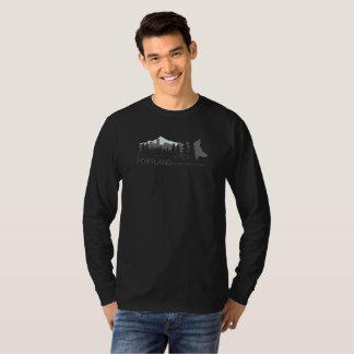 Städtisches Kojote-Projekt-dunkles langärmliges T-Shirt