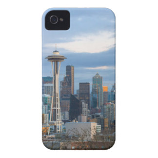 Stadtskyline-Abend Panorama Seattles WA iPhone 4 Cover