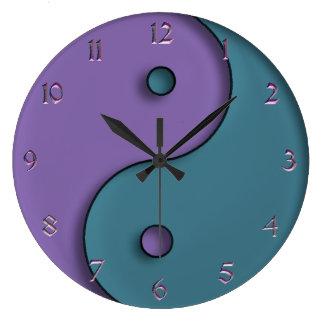 Stahlblau und Lavendel Yin-Yang Symbol-Uhr Große Wanduhr