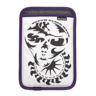 Stammes- alien mit Sonne- und Erntekreis iPad Mini Sleeve