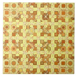 Stammes- Batik - goldenes Gelbes, braun und tan Fliese