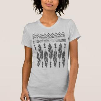 Stammes- Feder-Elfenbein T - Shirt