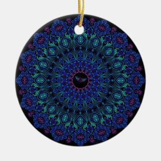 Stammes- Manta-Mandala auf Schwarzem Keramik Ornament