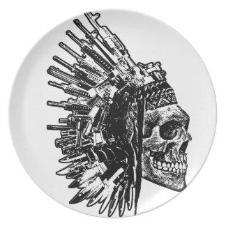 Stammes- Schädel, Gewehre und Messer-Platte Teller