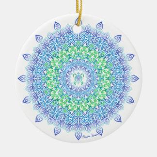 Stammes- Schildkröte-Mandala auf Weiß Keramik Ornament