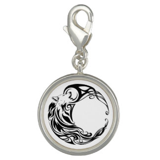 Stammes- Wolf Charms