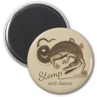 Stampfen Sie und tanzen Sie wildes glückliches Runder Magnet 5,7 Cm