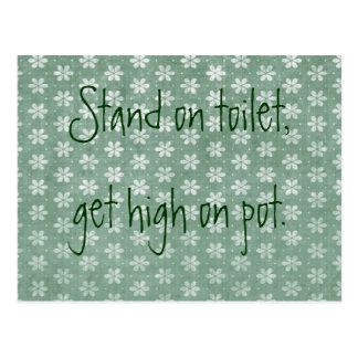 Stand auf Toilette, erhalten auf Topf hoch Postkarte