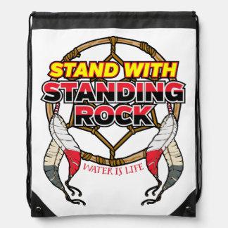 Stand mit stehendem Felsen-Wasser ist Leben Sportbeutel