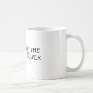 Ständig der Squatch Turm - mehrfache Produkte Kaffeetasse