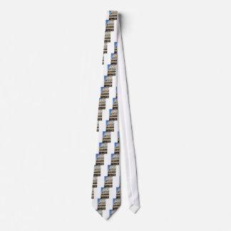 Stapel auf den Bögen Krawatte