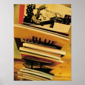 Stapel Bücher und Zeitschriften Poster