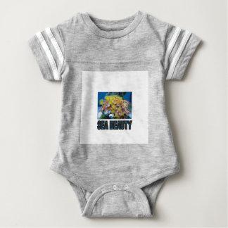 Stapel der Seeschönheit Baby Strampler
