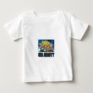 Stapel der Seeschönheit Baby T-shirt