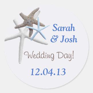 Starfish-Hochzeits-Datums-runde personalisierte Runder Aufkleber