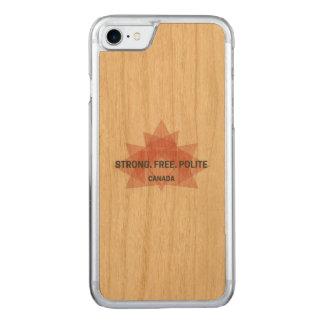 Stark. Frei. Höflich. Kanada-Holzkasten Carved iPhone 8/7 Hülle
