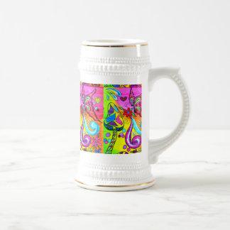 starker magischer Pilzschmetterlings-Bier Stein Bierglas