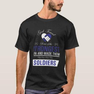 Stärkste Männer sind die Soldaten, die T - Shirt
