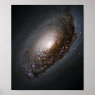 Staub-Band um den Kern von Augen-Galaxie M Poster