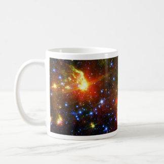 Staubiger Tod der enormen Stern NASAs Kaffeetasse