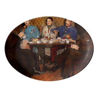 Steampunk - bionische drei Tee 1917 trinkend Porzellan Servierplatte