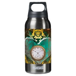 Steampunk, wunderbares Herz mit Uhren Isolierte Flasche