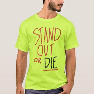 Stehen Sie heraus den T - Shirt der Männer
