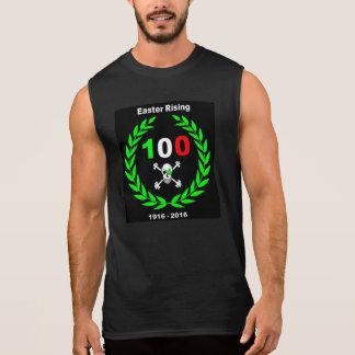 Steigende hundertjährige Kleeblatt-Piratenflagge Ärmelloses Shirt