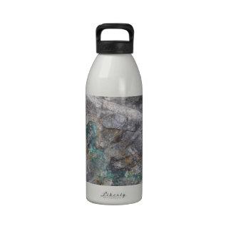 Steindesign mit Silbererzader Trinkflaschen