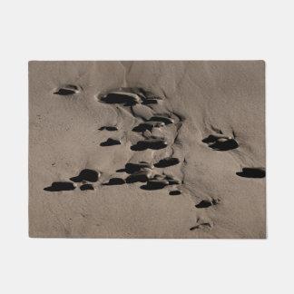 Steine im Sand Türmatte