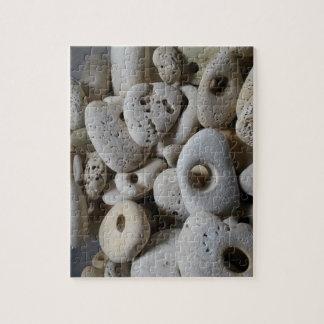 Steine mit Lochstrandentdeckungen Puzzle