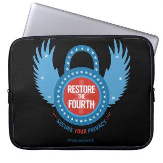 Stellen Sie das vierte… wieder her Laptop Sleeve