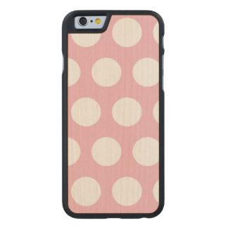 Stellen Sie Ihren eigenen Tupfen her Carved® iPhone 6 Hülle Ahorn