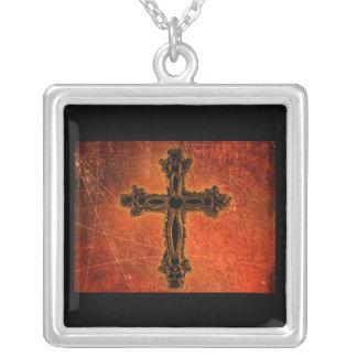 Sterlingsilber-Antiken-Kreuz auf schwarzer Halskette Mit Quadratischem Anhänger
