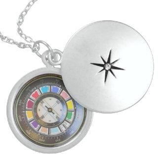 Sterlingsilber Locket-Imitat-Kompass Runde Medaillon Halskette