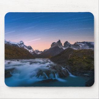 Stern-Spuren über Torres Del Paine Mousepad