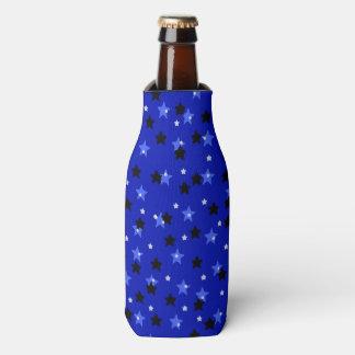 Sterne in Schwarzem und im Blau Flaschenkühler