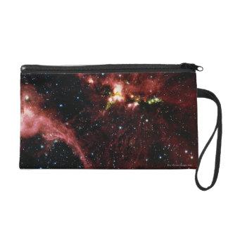 Sterne umgeben durch Gas