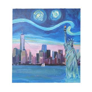 Sternenklare Nacht über Manhattan mit Notizblock