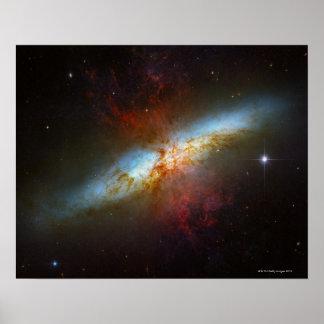 Sternexplosion-Galaxie M82 Posterdrucke