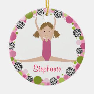 SternGymnast im Rosa-gelockten Haar Rundes Keramik Ornament